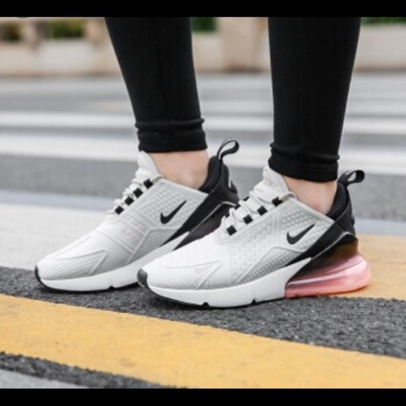 Nike Women's Air Max 270 Premium
